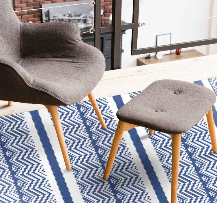 TenStickers. Tapete simples riscas azuis. Um tapete de vinil com produtoclássico que retrata tricô estampado azul e branco feito à mão. é original, duradouro e fácil de manter.