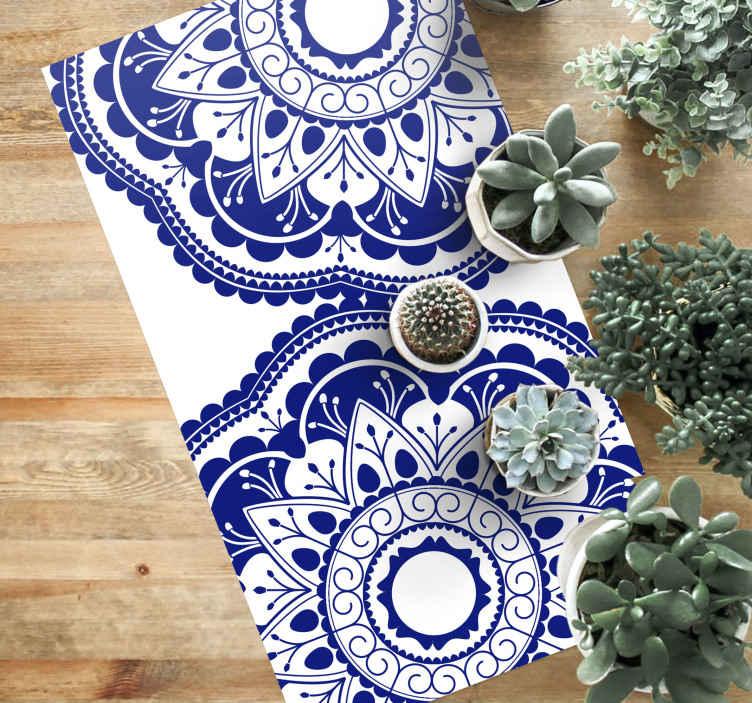 TenStickers. 深蓝色与圆形乙烯基地毯海军地毯. 瓷质地毯,非常适合装饰厨房或沙龙。它将增加惊人的优雅感。由优质乙烯基制成。