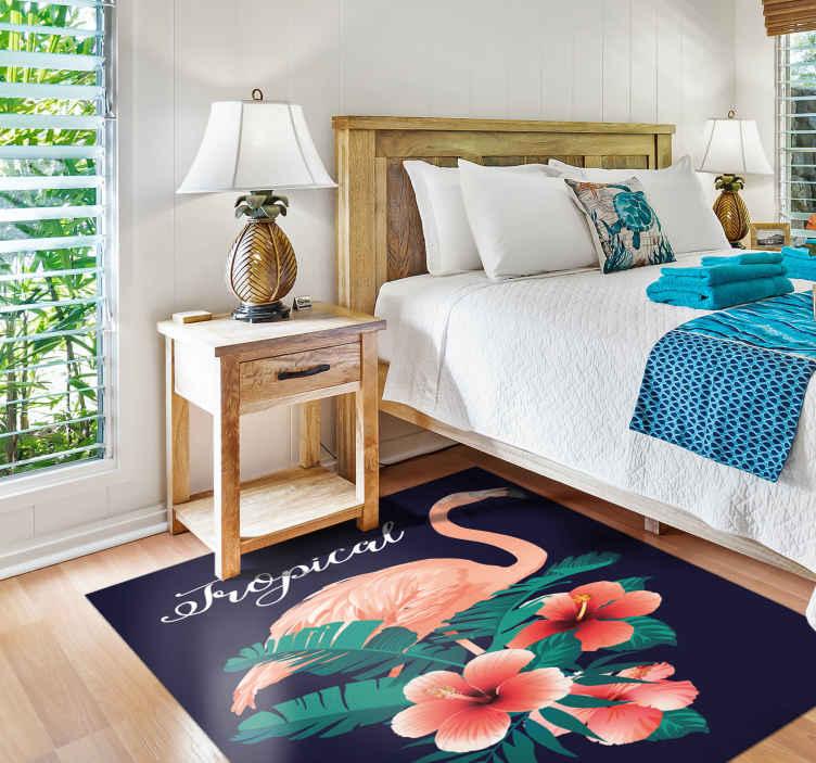 TenStickers. Flamingo tropical animal mat negru. Un covor cu tematică animală pentru a adăuga unicitate și caracter oricărei camere din casa ta. înscrieți-vă pe site-ul nostru cu 10% reducere la prima comandă.