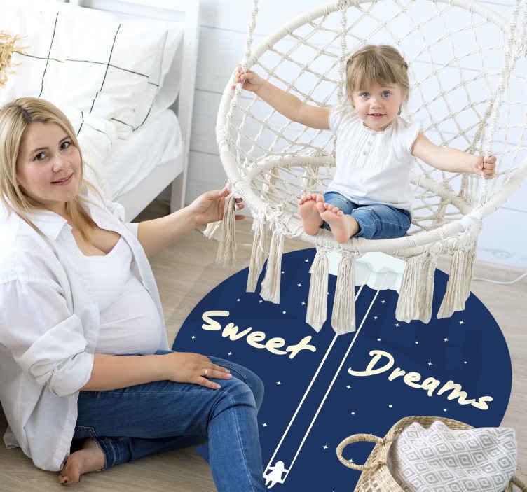 TenStickers. Vinyl tapijt sweet dreams hemel met sterren. Het perfecte vinyl tapijt voor kinderkamer om karakter toe te voegen aan de kamer van uw kleintje. Registreer u vandaag voor 10% korting op uw eerste bestelling.