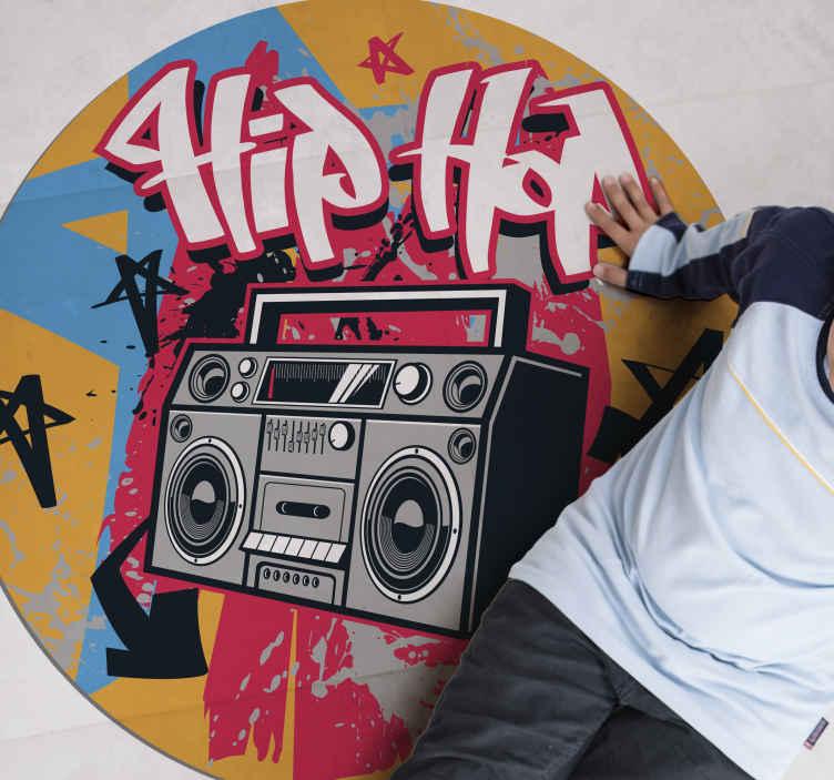 TenStickers. Covor dormitor hip hop dansator. Covoare de vinil pentru adolescenți hip hop care vor arăta super cool în dormitorul tău! Ușor de aplicat și simplu de întreținut. Totuși a ta chiar aici!