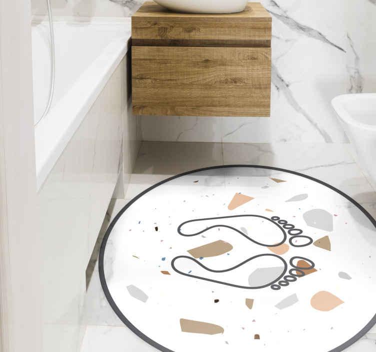 TenStickers. Tappeto in vinile forma rotonda Impronte di terrazzo. Tappeto in vinile bianco con impronte, perfetto per arredare il tuo bagno con un tocco sottile. Realizzato in vinile di alta qualità e facile da riporre.