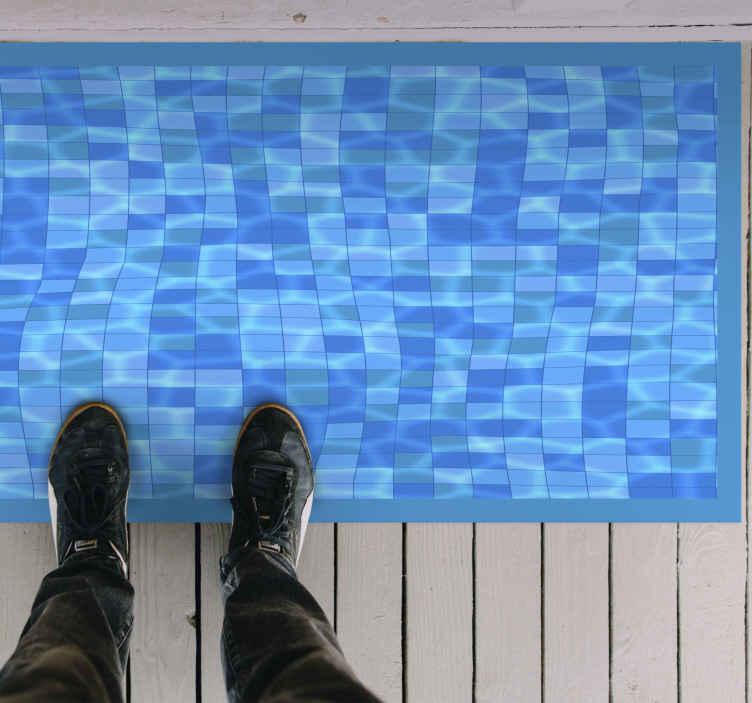 TenStickers. Piscina mosaico piso vinil. Tapetes com o tema pool para tornar a sua casa incrível! Adicione-o à sua casa hoje. Inscreva-se no nosso site com 10% de desconto em seu primeiro pedido.