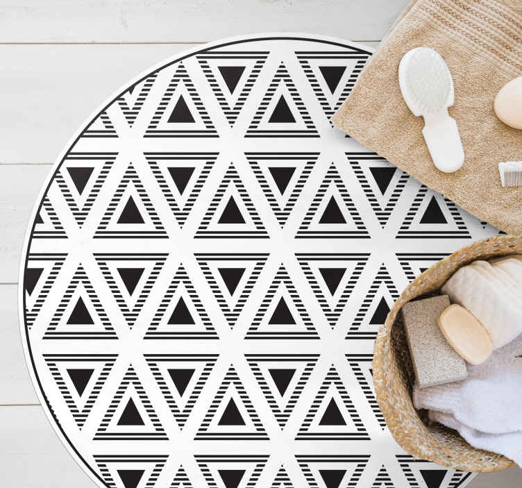 TenStickers. triangles of truth geometric carpets. Purchase this incredible fine details of this marvellous living room carpet with black triangles.  It is anti-slip and very easy to clean.