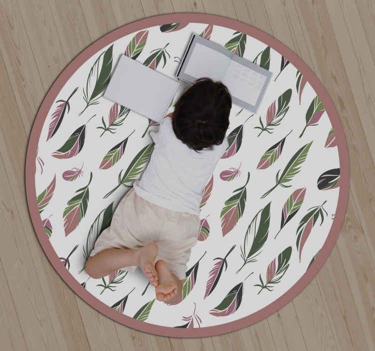 TenStickers. 优雅的羽毛当代乙烯基地毯. 这种乙烯基地毯的设计具有各种形状和大小不同的羽毛图案。由优质乙烯基材料制成。