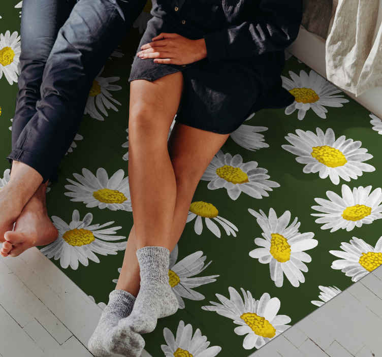TenStickers. Field of daisies flower rug. Fantastic flower pattern green and white and yellow. With this design you have a decoration that fits perfectly in your home.