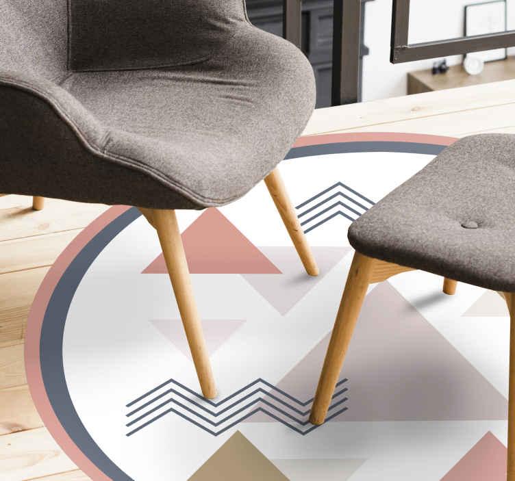 TenVinilo. Alfombra vinilo geométrica triángulos rosas. Alfombra vinílica redonda apta para tu salñon con patrones geométricos de colores dulces que serán perfectos en tu hogar ¡Envío exprés!