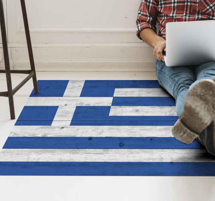 TenStickers. деревянный виниловый ковер с флагом Греции. виниловый коврик с изображением флага Греции, сделанный из дерева. использованы виниловые материалы высокого качества. доставка по всему миру.