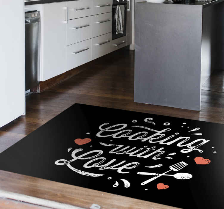 TenVinilo. Alfombra vinílica cocina frase cocinar con amor. Una alfombra vinílica cocina para que el suelo de tu casa luzca maravilloso. Diseño óptimo para tu cocina ¡Descuentos disponibles!