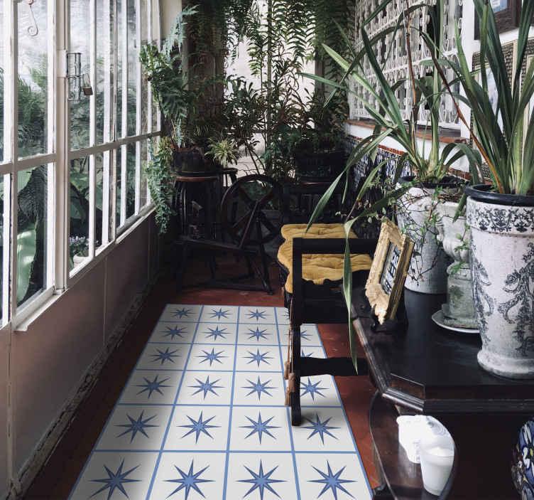 TenStickers. Stele cu gresie mat de gresie. Covor de vinil cu dale de stele albastre, perfect ca decor pentru bucătăria ta. Ușor de curățat și depozitat. 100% satisfacție. Verifică-l singur.