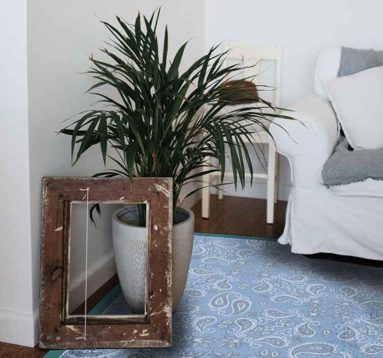 TenStickers. Dywan winylowy Nordycki we wzór paisley. Skandynawski dywan we wzór paisley do Twojego domu. Dywan jest piękny dla każdej przestrzeni w domu. Jest oryginalny i łatwy w utrzymaniu.