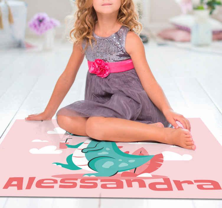 TenVinilo. Alfombra vinilo niñas dragón con nombre. Maravillosa alfombra vinilo infantil para niñas para que decores su cuarto con un diseño de color rosa con nombre ¡Descuentos disponibles!