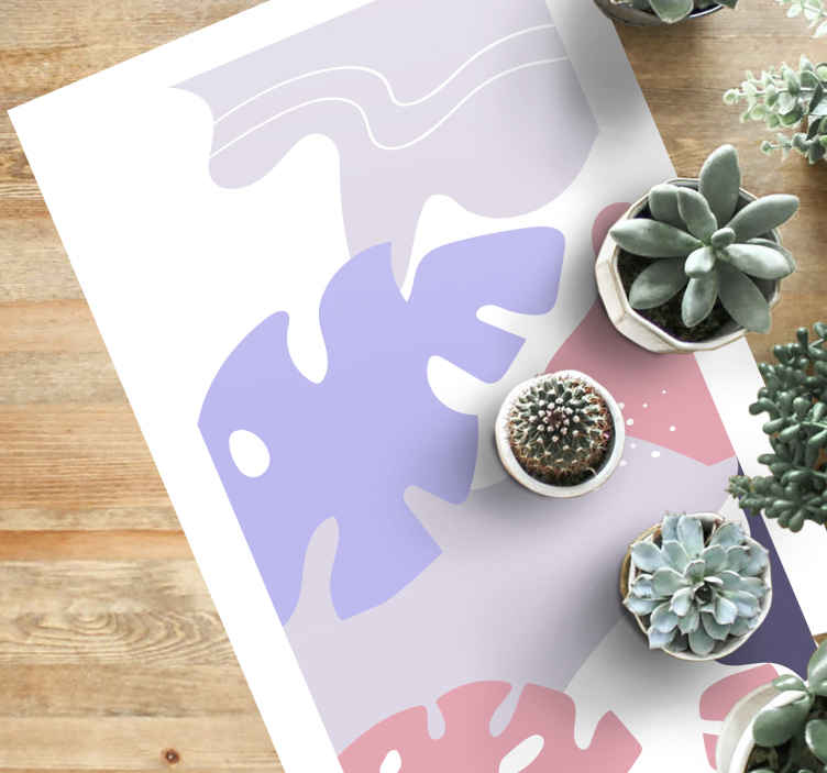 TenStickers. 彩色的龟背竹叶自然地毯. 天然乙烯地毯,其特征在于龟背竹叶(瑞士奶酪植物)相互重叠的可爱花纹。注册10%的折扣。