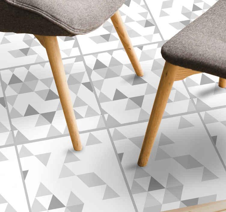 TenVinilo. Alfombra vinilo moderna triángulos grises. Alfombra vinilo gris de cemento bali  con azulejos estilo cemento para que decores tu casa de forma original ¡Envío exprés!