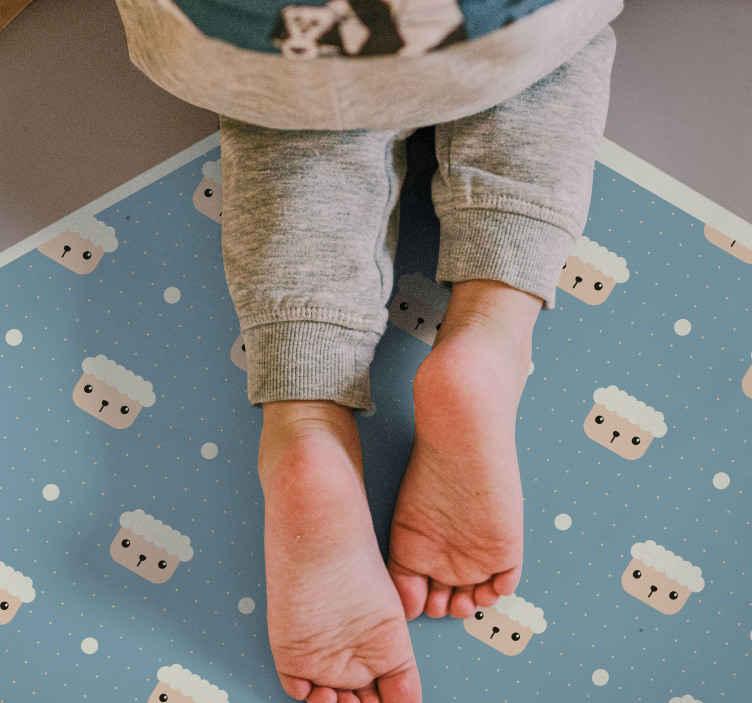 TenStickers. Tapete animal de bolinhas de ovelha. Encomende este tapete de vinil infantil para o seu filho hoje e faça-o feliz! Fácil de limpar com água e sabão se o seu filho derramar sobre ele!