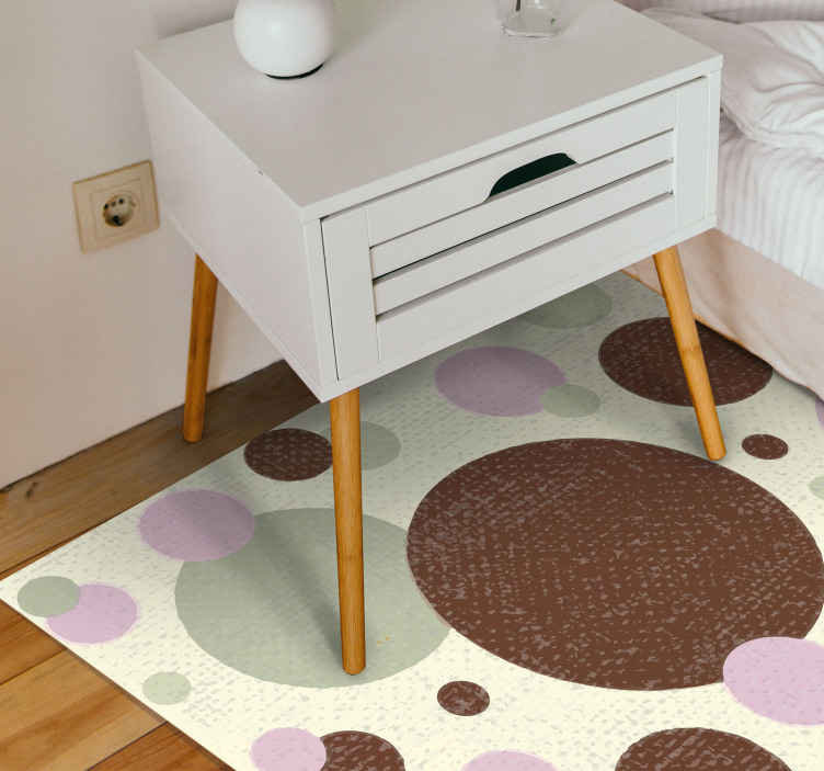 TenVinilo. Alfombra vinilo geométrica lunares pastel. Moderna alfombra vinilo geométrica con lunares de alta calidad. El diseño es original y contiene diseño de figuras geométricas de varios tamaños.