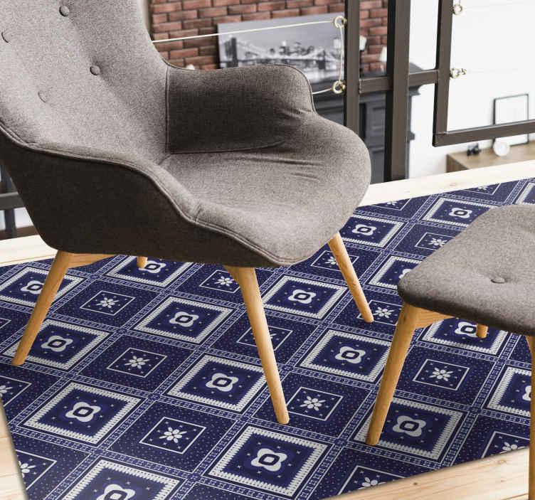 TenVinilo. Alfombra vinílica mosaico azulejos marinos. Compra ahora esta alfombra vinílica mosaico de azulejos azul marino y disfruta de un diseño original en tu salón o cocina ¡Envío exprés!