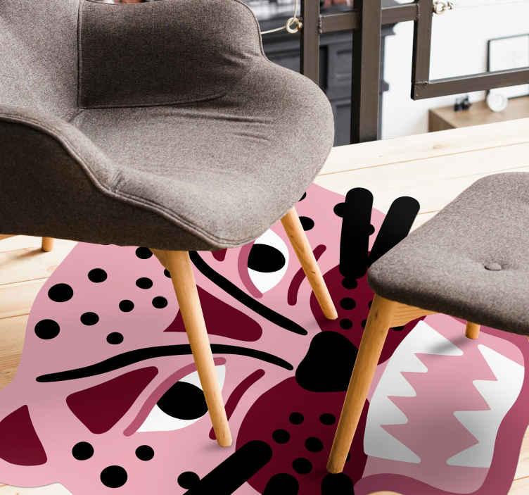 TenVinilo. Alfombra vinilo animales leopardo rosa. ¿Amas a la pantera rosa? Entonces esta alfombra vinilo animales de cara de leopardo rosa será ideal para ti ¡Descuentos disponibles!