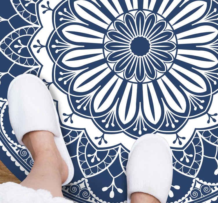 TenVinilo. Alfombra vinilo mandala azul circular. Esta alfombra vinilo de mandalas azules por todas partes. Disponible en muchos tamaños diferentes. Elige las medidas ¡Envío exprés!