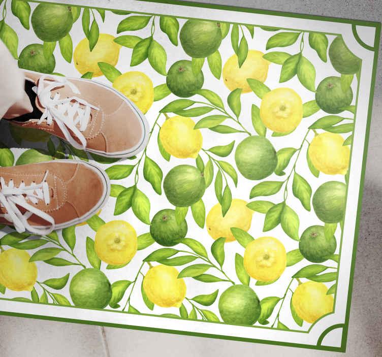 TenVinilo. Alfombra vinílica cocina limones verde y amarillo. Alfombra vinilo cocina está hecha para parecerse a una pintura de acuarela de limas y limones sobre un fondo blanco ¡Elige tus medidas!