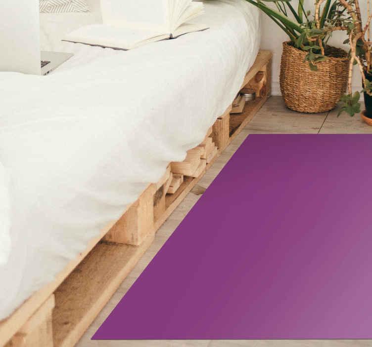 TenVinilo. Alfombra vinilo rectangular morada. Increíble alfgombra vinilo rectangular de color lila para que decores tu casa con tu color favorito. Elige medidas ¡Envío exprés!