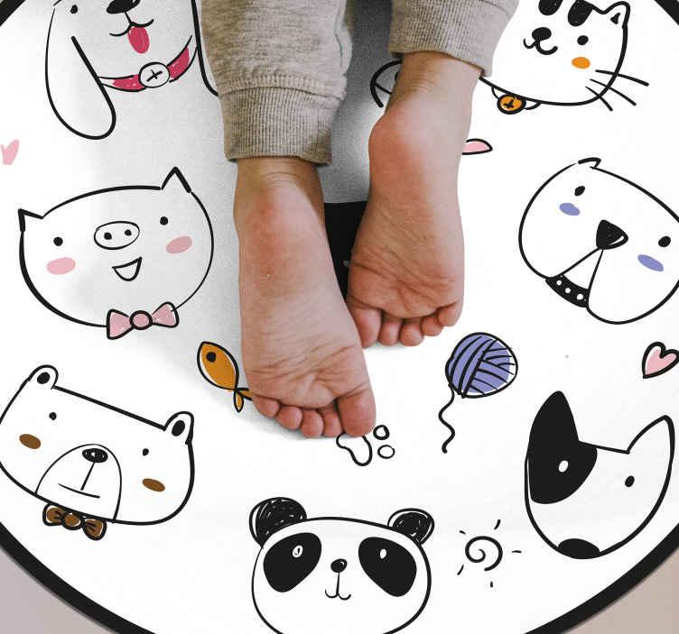 TenVinilo. Alfombras vinílicas de animales Dibujos animales. Alfombra vinílica animales dibujados como perros, gatos, cerdos, pandas, etc. Ideal para usar en la habitación de los niños. Compra la tuya ya