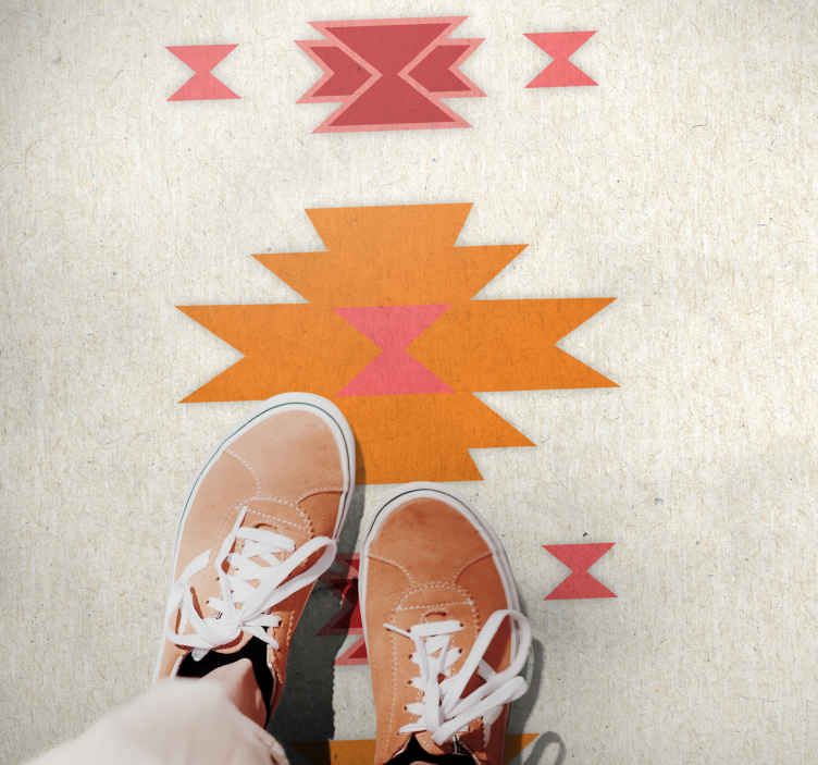 TenVinilo. Alfombra vinilo nórdica formas minimalistas. Alfombra vinilo nórdica con formas minimalistas de colores naranjas y rojas para que decores cualquier estancia ¡Descuentos disponibles!