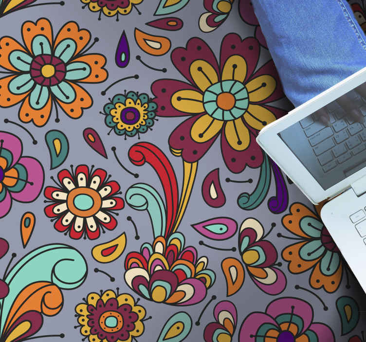 TenVinilo. Alfombra vinilo vintage patrón flores de 70. Esta alfombra vinilo vintage patrón flores de los 70 seguramente le dará a tu hogar una presencia colorida. Elige medidas ¡Envío exprés!