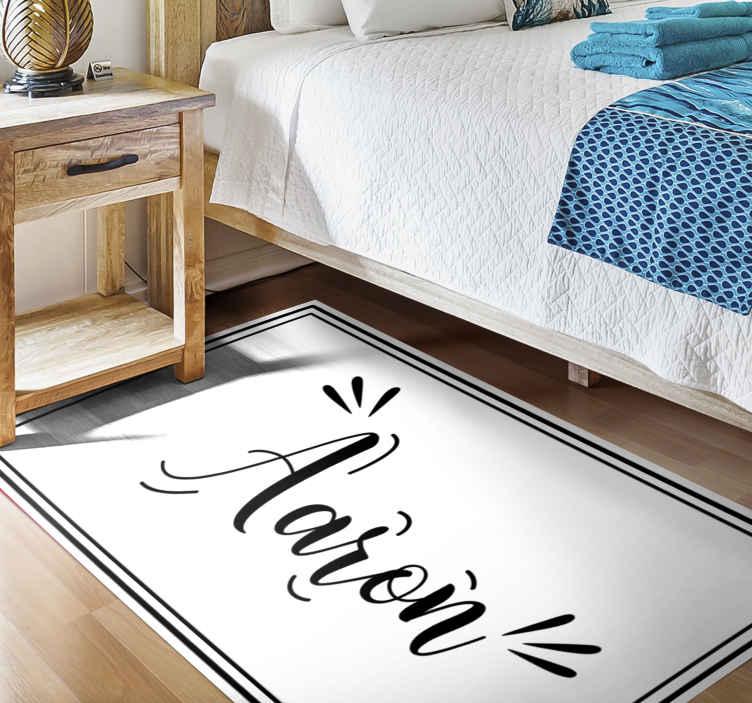 TenVinilo. Alfombra de vinilo con nombre Borde negro. ¡Trae una linda decoración a tu dormitorio con esta increíble alfombra de vinilo borde negro y blanco personalizada para  dormitorio! ¡cómprala ya !