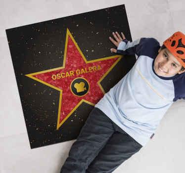 Novedosa alfombra vinílica con nombre en el que aparecerá tu nombre o el que elijas dentro de una estrella como si fuera una estrella de Hollywood