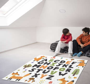 This stunning vinyl alphabet carpet with forest is exaclty what you were looking for: an easy and economic way for improving your children's room!