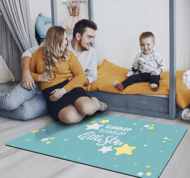 "Estupenda alfombra de vinilo de estrellas infantil en tono turquesa que contiene la frase ""Twinke twinkle Little Star"". Ideal para tu hija"