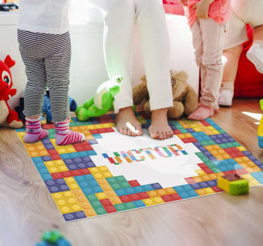Ce magnifique tapis en sticker pour enfants avec jeu de briques avec nom est exactement ce que vous cherchez! Rendre votre enfant vraiment heureux avec une dépense ridicule!