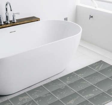 Moderner Vinylteppich mit einem Muster, das gebeizte graue Fliesen imitiert und in Ihrem Badezimmer oder Ihrer Küche spektakulär aussieht. Wählen Sie Ihre Größe.