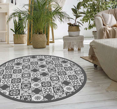 Fantastic round ornamental vinyl rug with a pattern of gray and white tiles, perfect for your bedroom or living room. Many sizes available.