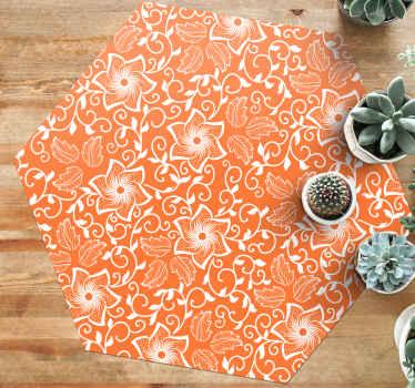 Apportez une touche unique et moderne à la maison grâce à notre tapis vinyle orange aux motifs paisley. Il est facile à nettoyer.
