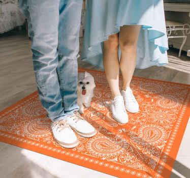 Una alfombra vinilica hidraulica exclusiva y original en color naranja con diseño paisley. Elige el tamaño que desees ¡Envío a domicilio!