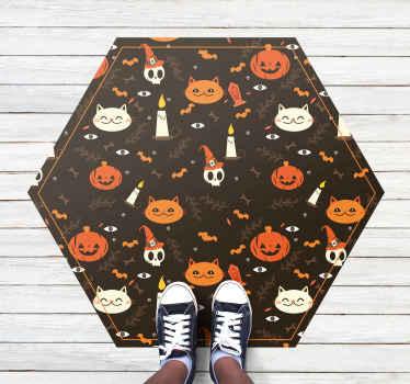 Ozdobny, sześciokątny dywan winylowy z motywem kotów, dyń, czaszek z kapeluszem, kości i grobu itp. Wykonany z wysokiej jakości materiałów.