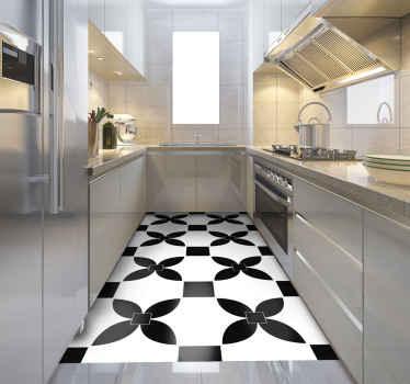 현대적인 터치로 주방을 꾸미기에 완벽한 검은 색 타일과 흰색 타일이있는 비닐 러그. 청소 및 보관이 쉽습니다. 확인 해봐!