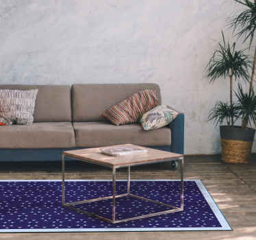 Simple arrows nordic vinyl rug. Purple background with a nordic arrows pattern and a light blue edge. The motifs are blue as well!
