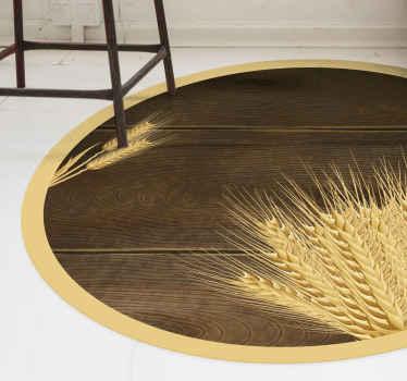 Dieses wundervolle kreisförmige teppichdesign kennzeichnet einen hölzernen Hintergrund mit etwas weizen im vordergrund. Weltweite lieferung jetzt verfügbar.