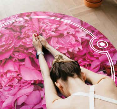 Rundspids vinyl tæppe i lyserød farve. Tæppet er designet af blomsterpæoner med et fantastisk udseende. Størrelsen kan tilpasses efter dit behov.