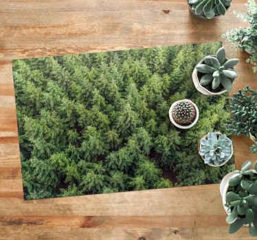 Alfombra vinilo verde para salón con imagen de árboles desde el aire. Perfecto para llevar a tu casa un pedacito de naturaleza ¡Compra online!