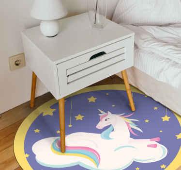 Alfombra vinilo animales creada para la habitación de sus hijos con un unicornio acostado en una nube ¡Descuentos disponibles!