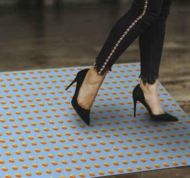 Un tapis en sticker rétro des années 70 à sticker soleil pour donner à tout espace que vous souhaitez un aspect coloré. Plusieurs tailles disponibles pour ce produit de forme rectangulaire.