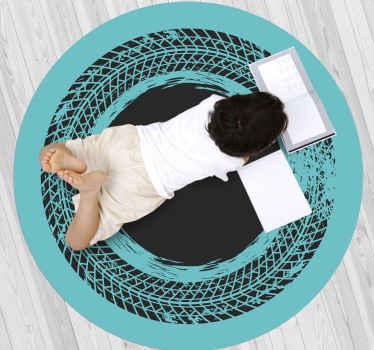 Alfombra vinilo infantil redonda de color turquesa con la rueda de un tractor para decorar el cuarto de tu hijo de forma original ¡Envío exprés!