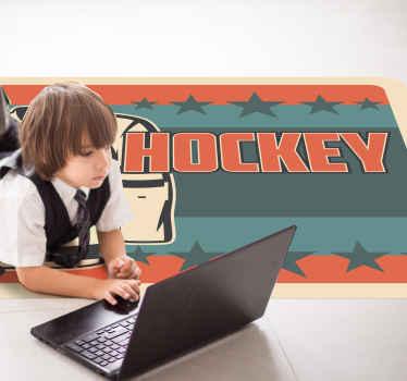 Aquí tenemos una alfombra vinílica habitación juvenil de hockey para que decores tu habitación o la de tu hijo ¡Producto antideslizante!