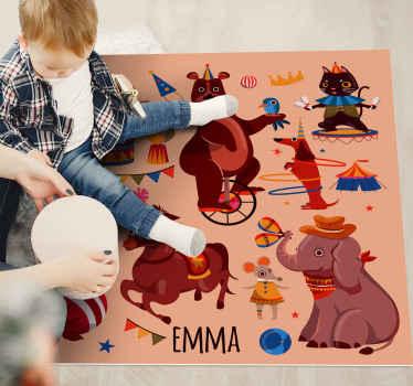 Tappeto in vinile con elefante che presenta un'immagine di animali che si esibiscono nel circo tra cui un elefante, un orso, un cavallo e un cane.