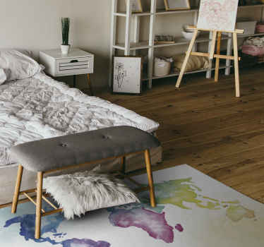 Vinyl rug with illustration of a world map in colors and painted with watercolor effect ideal for you to decorate in a very artistic and original way.