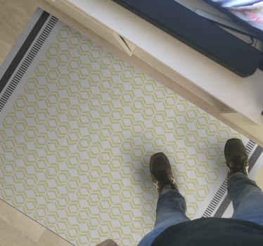 Dit vinyl vloerkleed voor de woonkamer is gebaseerd op een witte achtergrond met overal kleine gele vormen met twee lijnen aan de zijkanten. Koop nu!